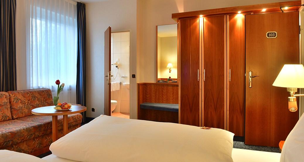 Doppelzimmer Standrad im Hotel Ilbertz in Köln Deutz