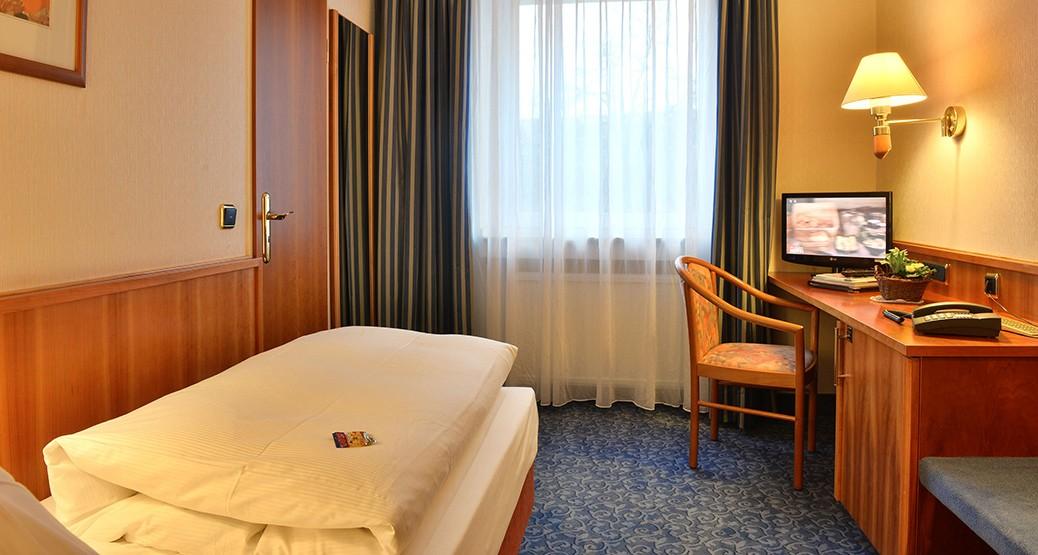 Einzelzimmer Standard im Hotel Ilbertz in Köln-Deutz