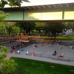 Jugendpark unter der Zoobrücke im Rheinpark