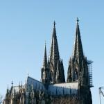 Blick auf den Kölner Dom von Köln-Deutz aus.