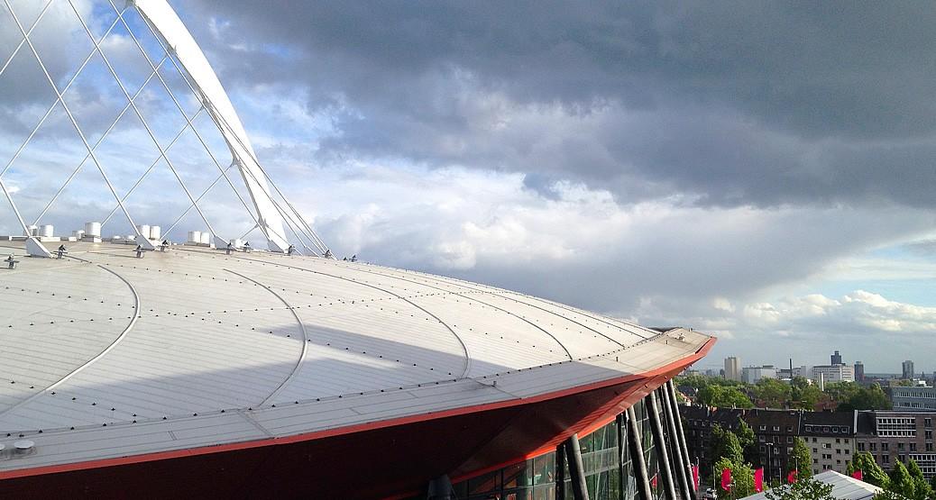 Lanxess Arena in Köln Deutz - fußläufig vom hotel Ilbertz