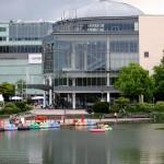 Mediapark mit See und Cinedom (Kino)